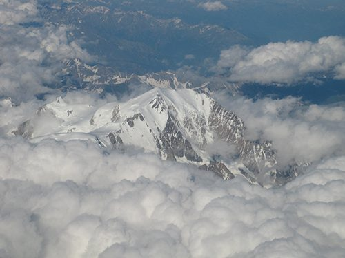 This image has an empty alt attribute; its file name is MtBlanc1.jpg